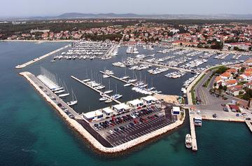 Depart de la croisiere avec skipper marina kornati biograd croatie