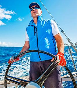 Adrien skipper à Ibiza