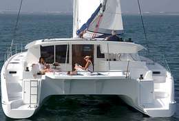 Plage arrière du catamaran Salina 48