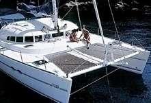 Catamaran Lagoon 470 en Corse
