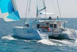 Balade en mer en catamaran Lagoon 450