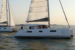 Catamaran Nautitech 40 Open sur l'eau