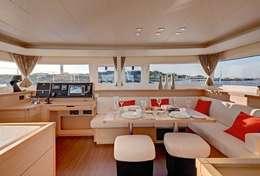 Intérieu du catamaran Lagoon 450 spacieux