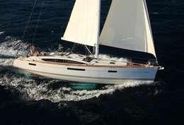 Voilier Jeanneau 53 en navigation