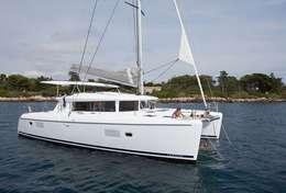 Catamaran Lagoon 420 en Sicile
