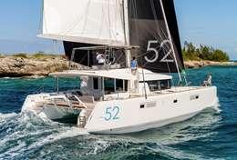 Catamaran Lagoon 52 en navigation