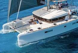 Catamaran Lagoon 52 avec skipper et hôtesse