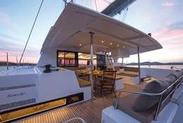 Cockpit catamaran Saba 50 à Trogir