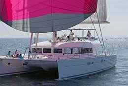 Navigation sous spi sur le Lagoon 620 en Croatie