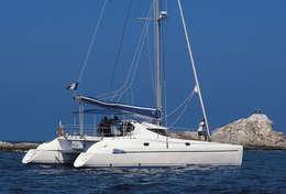 Catamaran Athéna 38 en Grèce