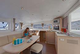 Carré du catamaran lagoon 400