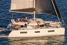 Catamaran Lagoon 46 sur l'eau