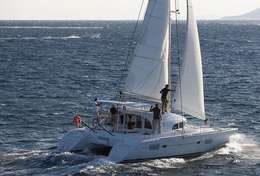 Lagon 380 sous voile