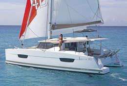 Catamaran Lucia 40 à louer à La Trinité/Mer