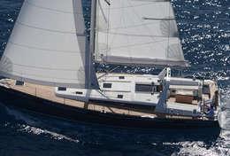 Beau bateau à voile Océanis 48