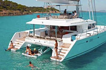 Croisière en catamaran famille avec skipper