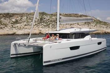 Mouillage catamaran Astréa 42