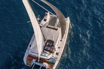Catamaran Lagon 40 vue aérien